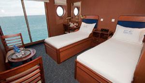 MV Santa Cruz Boat-deck-superior