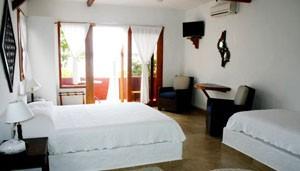 Red Mangrove Aventura Lodge room