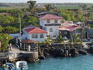Angermeyer Waterfront Inn
