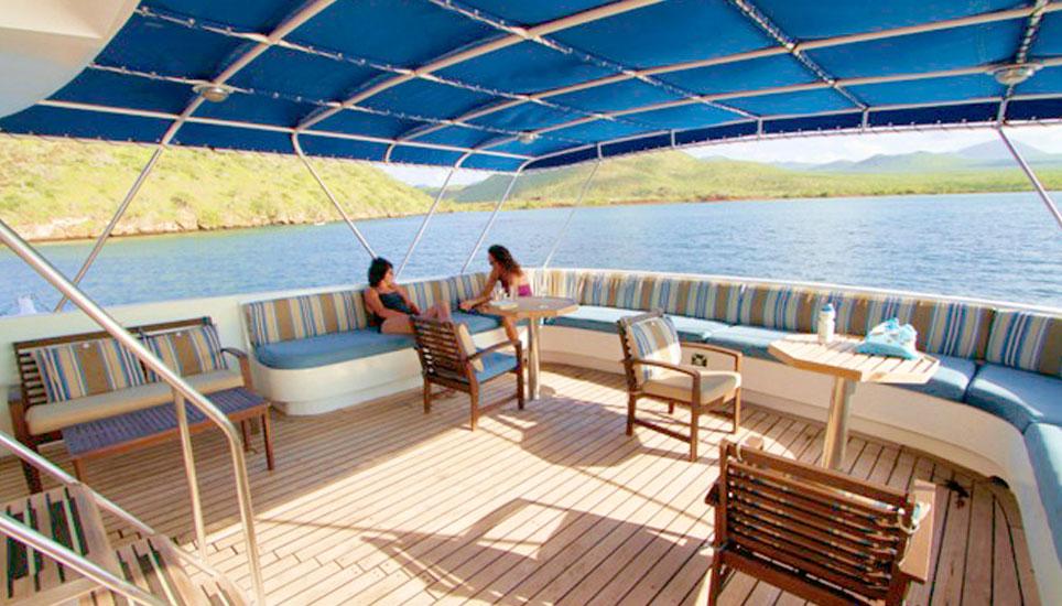 Tip Top III sun deck