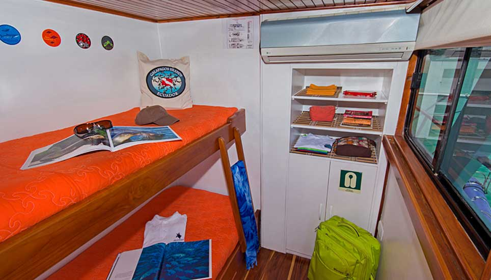 Galaexplorer cabin