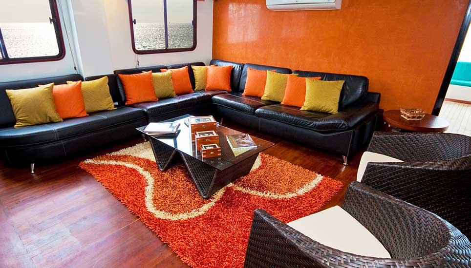Anahi lounge
