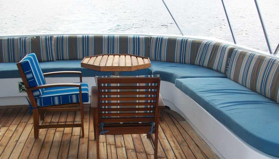 Tip Top III deck & seating