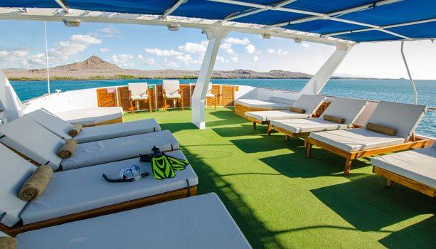 Yacht sun-deck