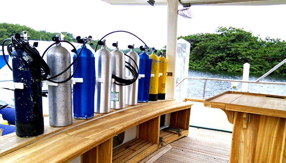 Nortada diving rigs