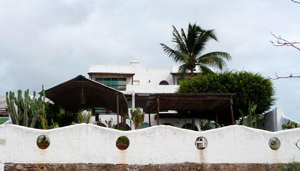Casa Opuntia outside