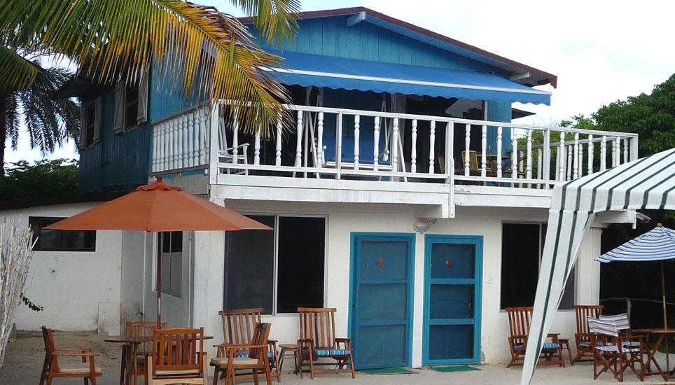 Isabela Beach House exterior