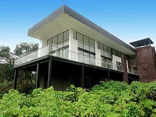 Scalesia Lodge